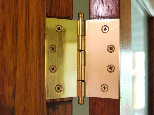 Etonnant How To Choose The Perfect Hinges For Your Doors   Opinion ...