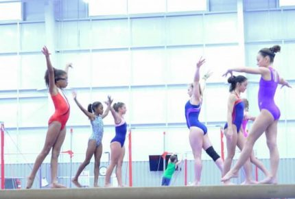 girls-training-gymnastic