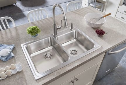 A Buyer's Guide to Kitchen Sinks